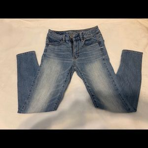 American Eagle AEO Jegging Jeans Size 2 Short
